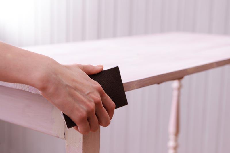 consejos para restaurar muebles de madera